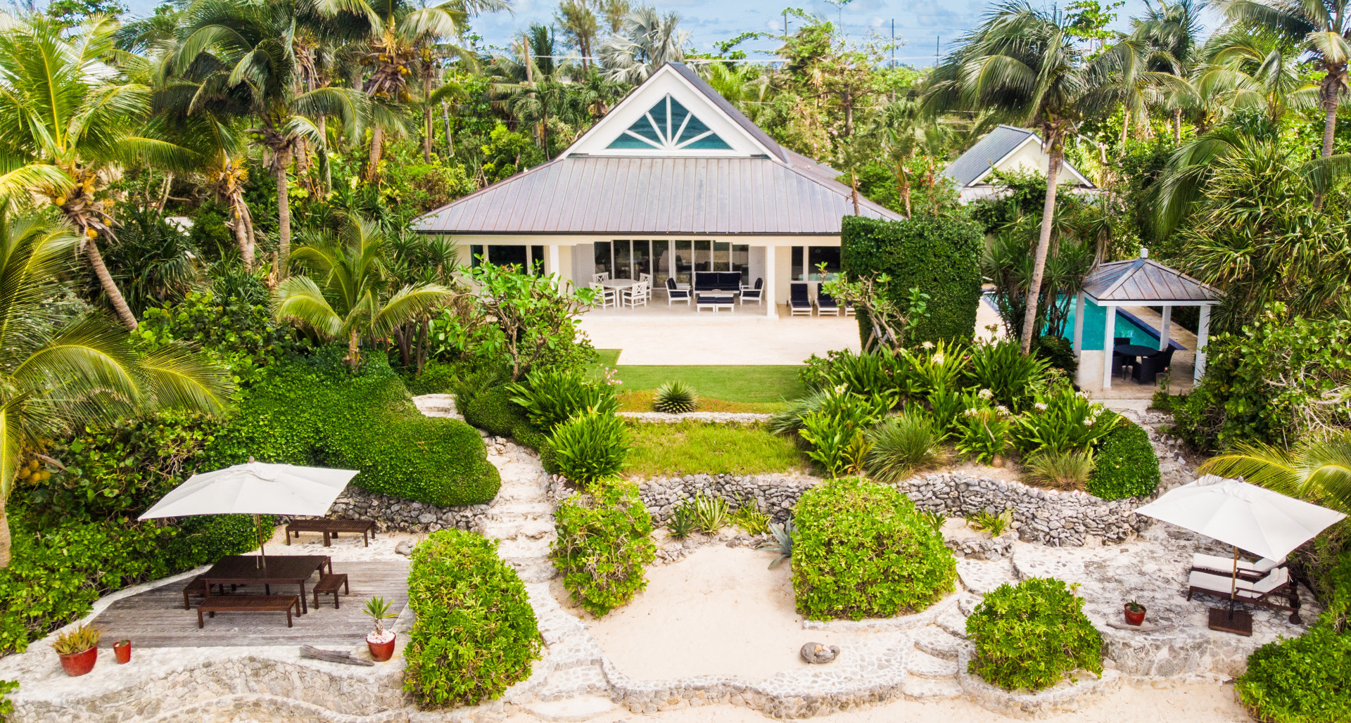 RE/MAX real estate, Cayman Islands, Prospect, Freehold - This conveniently si