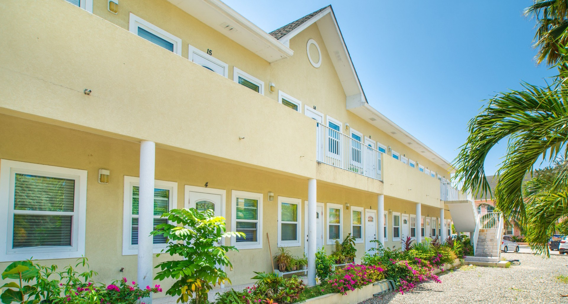 Executive Apartments – George Town