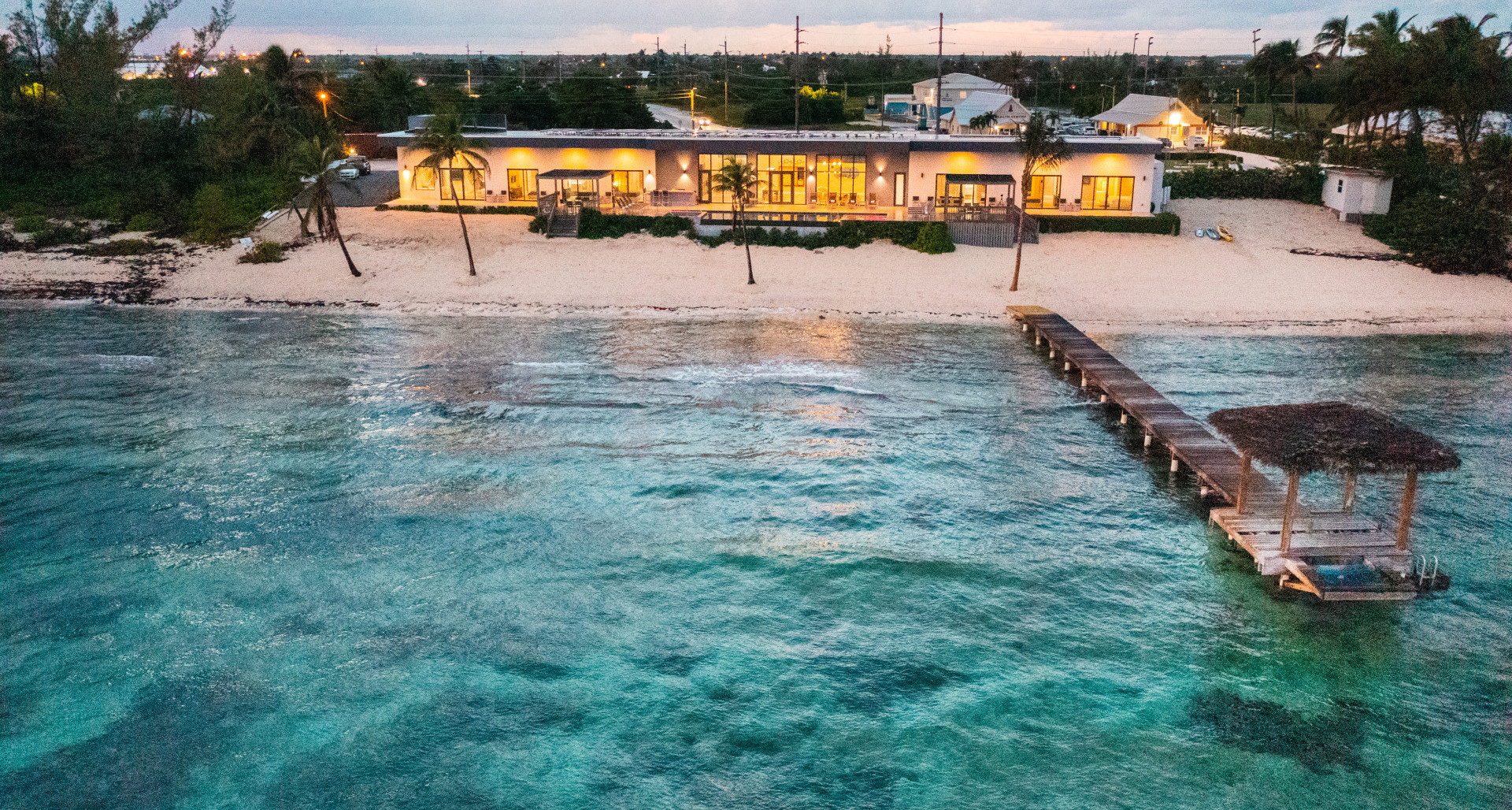 RE/MAX real estate, Cayman Islands, Bodden Town, Freehold - A truly breathtaking