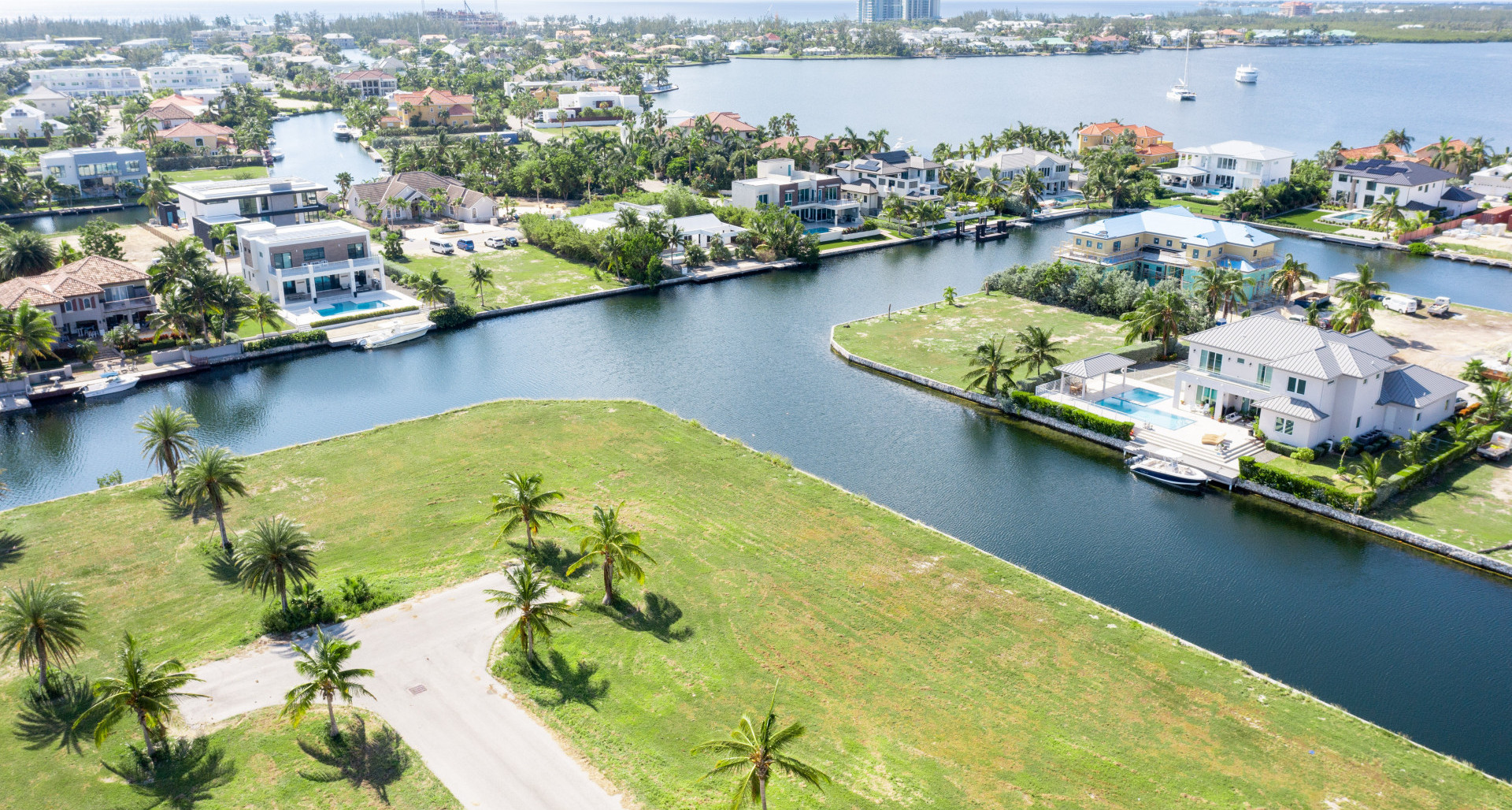 RE/MAX real estate, Cayman Islands, W Bay Bch North, Leasehold - Build your dream hom