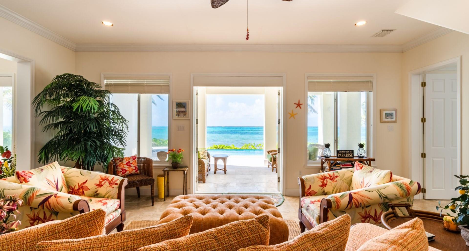 Seaview Road Beachfront Home